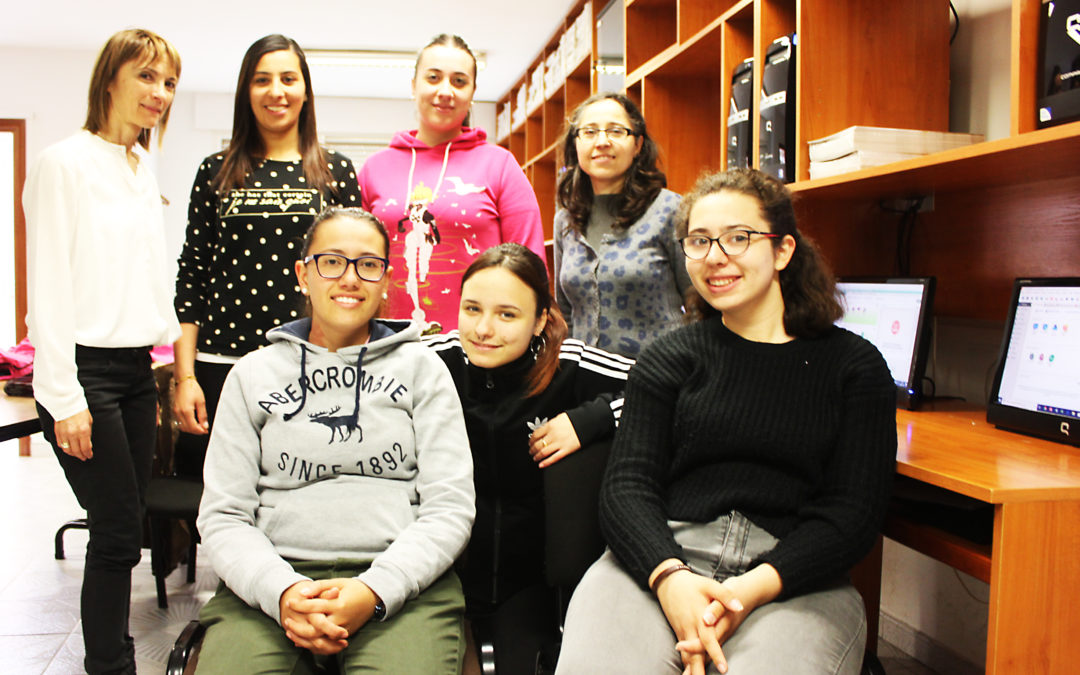 Alumnado del I.E.S. Campos y Torozos se forma en aplicaciones informáticas de contabilidad